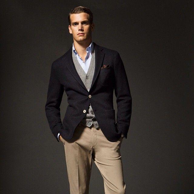 #man #homme #fashion #style #menswear #mensfashion #jacket #blazer #layers #sweater #cardigan #chinos #khakis #preppy #classy #lifestyle