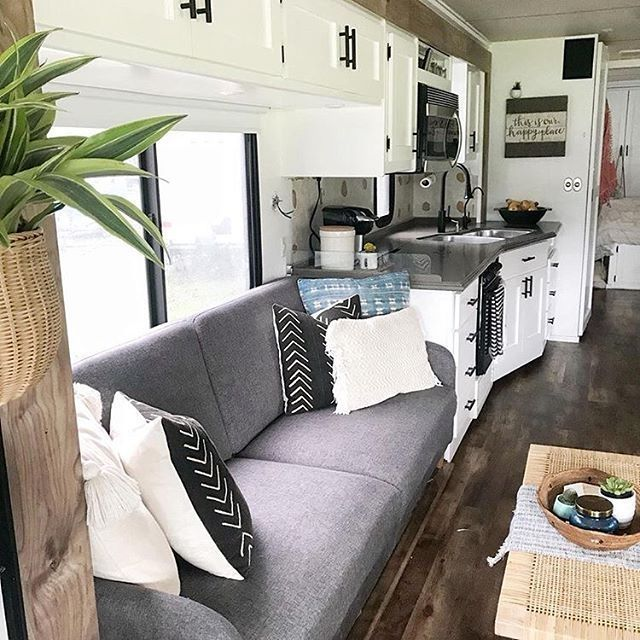 Nice 56 Amazing RV Makeovers Modern Rustic Farmhouse Style