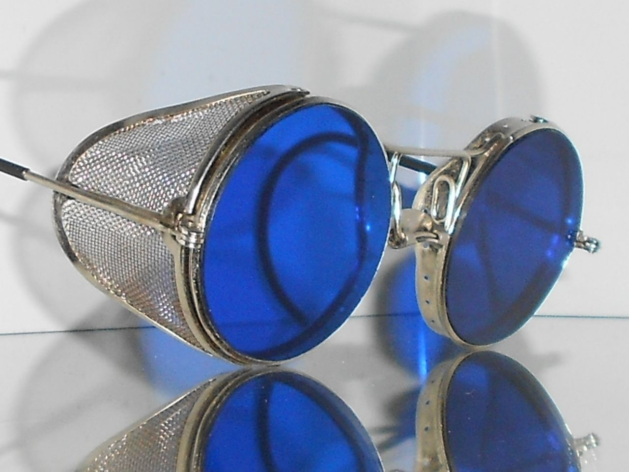 3bf83e3d0df Goggles VTG Steampunk Motorcycle Matsuda Antique safety sun glasses w  Shields