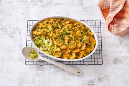 Ovenschotel met kip, prei en zoete aardappel