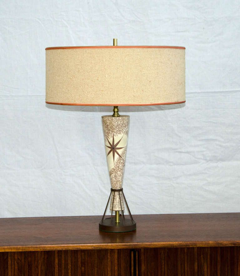 Delightful Vintage Mid Century Table Lamp   Marc Bellaire Style   Rembrandt