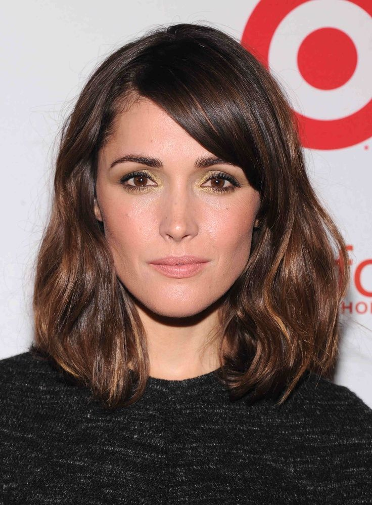 Medium Length Casual Hairstyles with Side Bangs and Highlight for ...