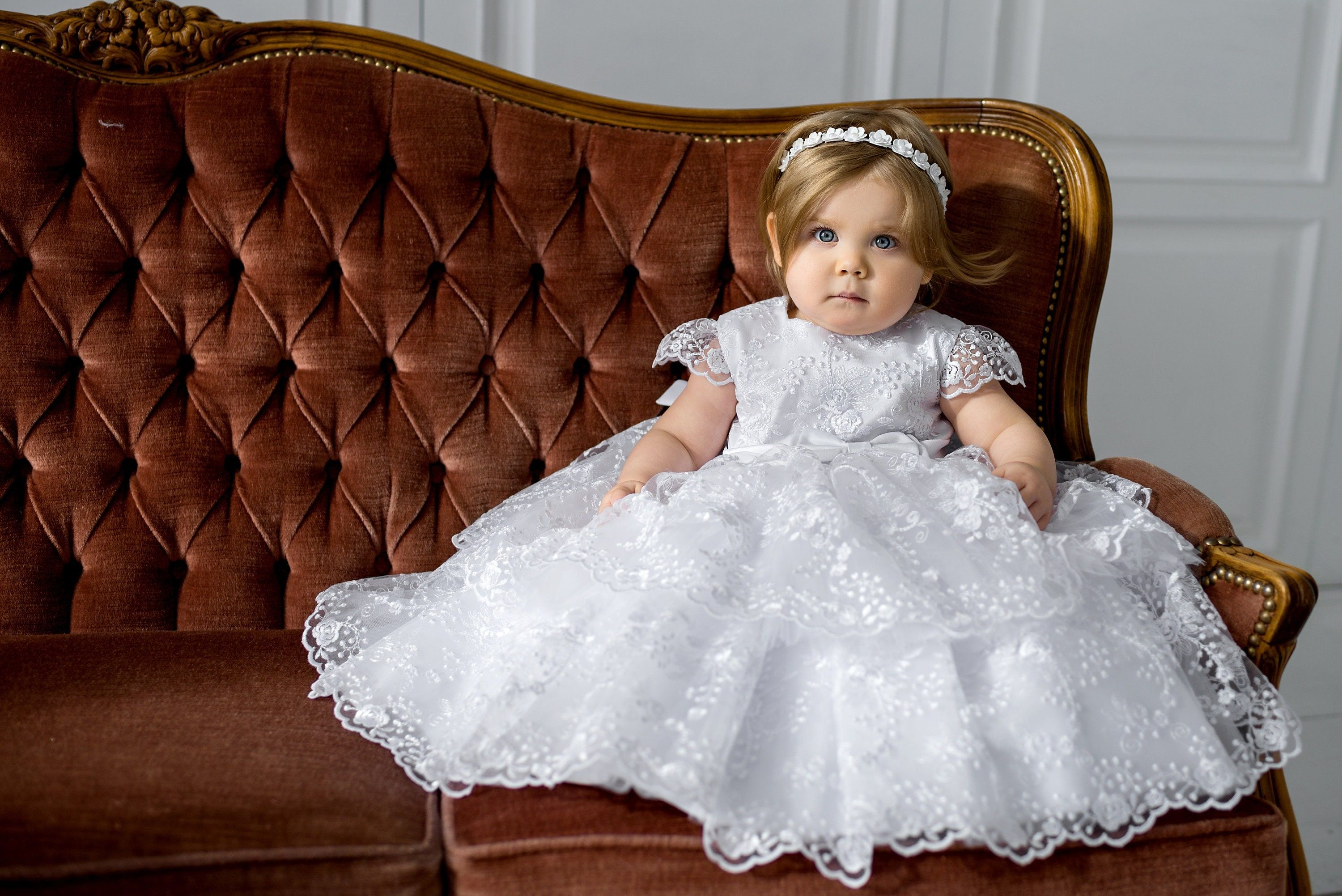 """""""This white christening gown girl ideal for a special Occasion. Very beautiful baptism dress for little girls. This dress is made with love. Baptism dress for baby girl. Made for you. With exceptional attention to even the smallest details. You may also order accessories to these dresses. Christening shoes, baptism blanket, bib, headband, veil If you have any doubts, please contact us so we can help you find the best size. The weight and height of a child is not a good way to determine size. We"""