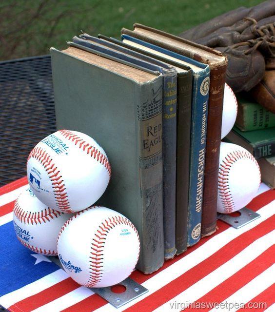 DIY Baseball Bookends | C W A | Room | Boy sports bedroom