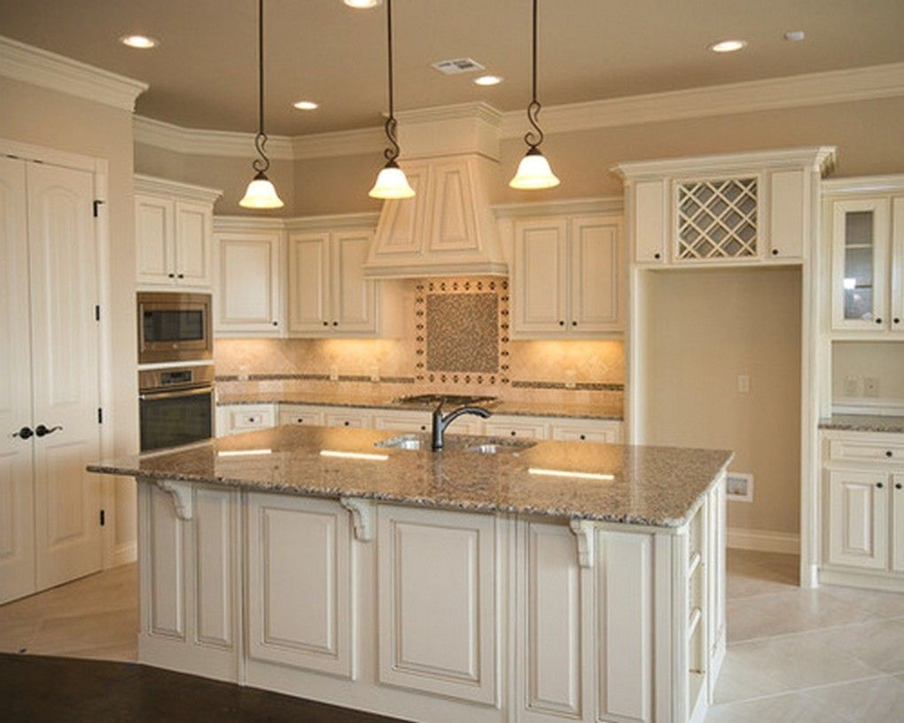 Kitchen Store Madison Wi Kitchen Dining Tables Kitchen Sinks Kitchen Countertop Along With Kitchen Design Ideas With Images White Kitchen Traditional Traditional Kitchen Kitchen
