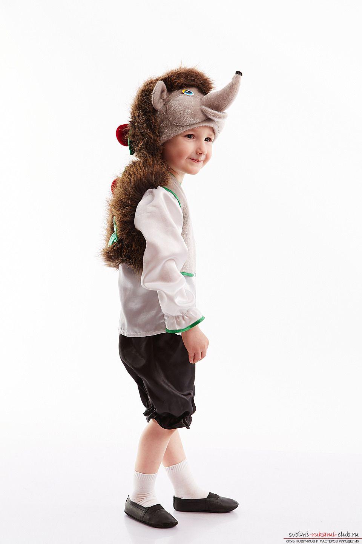 Как ребенку сделать костюм ежика для ребенка своими руками