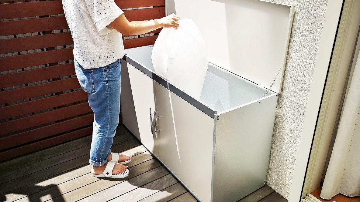 外用ゴミ箱 トラッシュシェルター を設置してみたら ただいま も いってきます も気持ちよくなったよ Roomie ルーミー キッチン ゴミ箱 アイデア 玄関 便利 狭い浴室