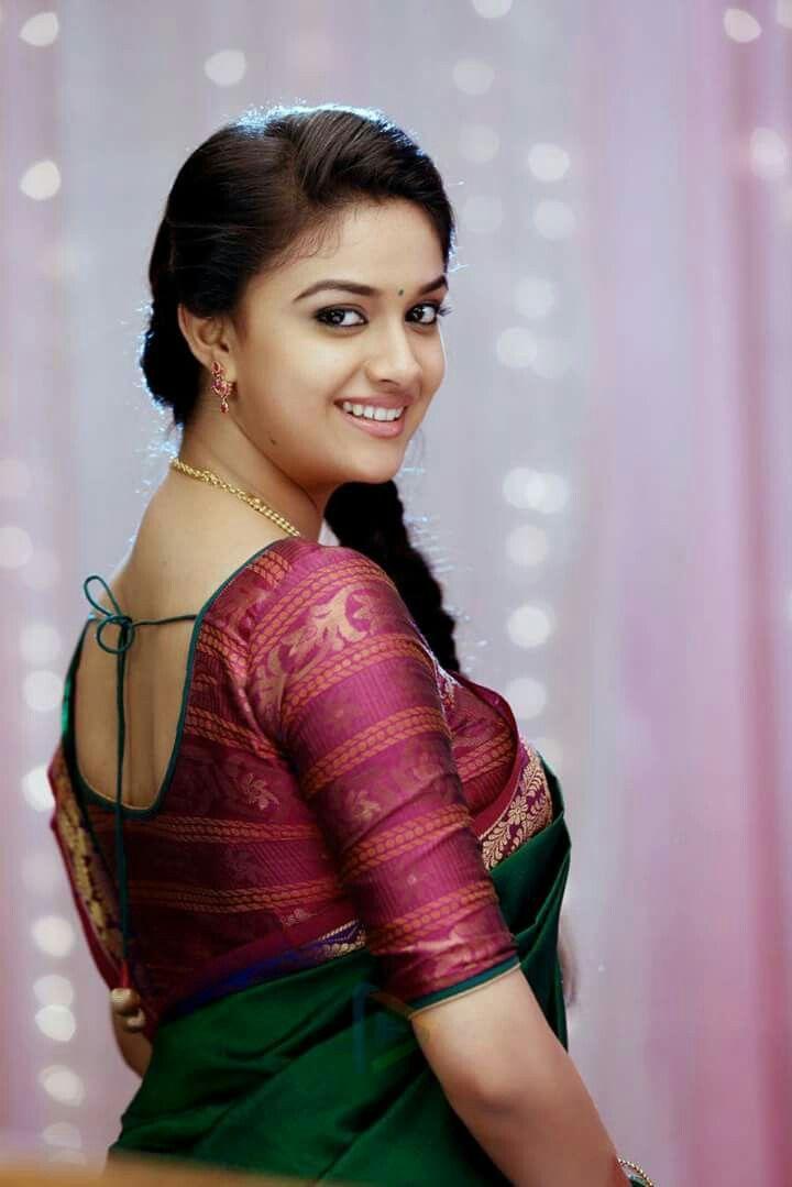 gutaussehende tamilische Mädchen