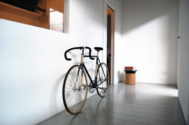 Fixed bike digrì