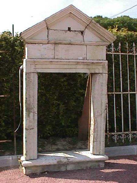 Lucarne En Pierre Ancienne Provenance Region Loire Lucarne