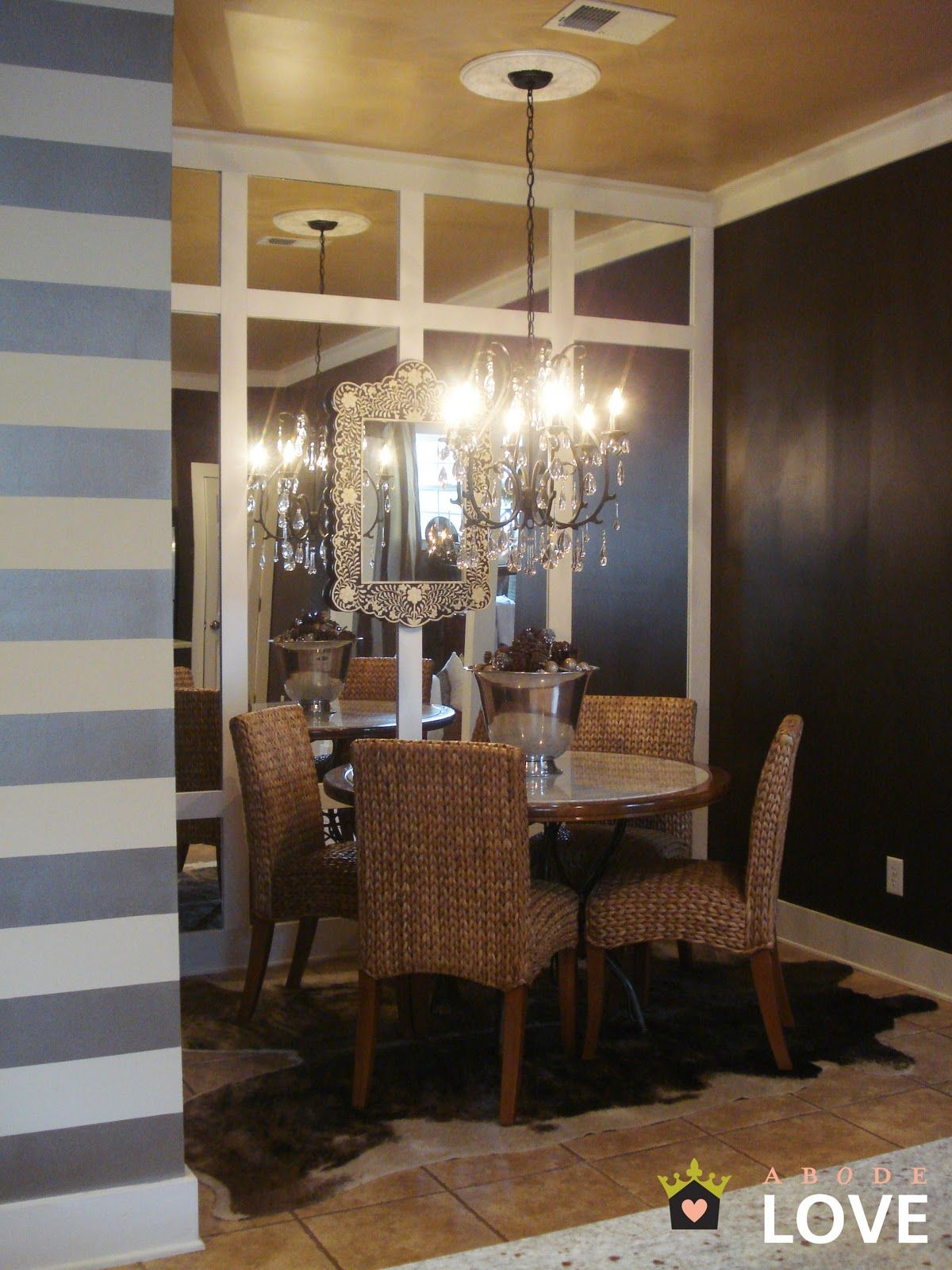 Dining Room Quot Nook Quot Metallic Ceiling Horizontal Stripes