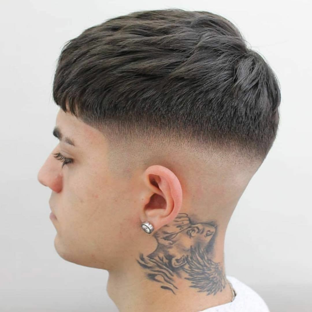 50 Best Short Haircuts For Men 2020 Hairstyles Coupe Homme Cheveux Courts Style De Coupe De Cheveux Coiffure Homme Cheveux Court