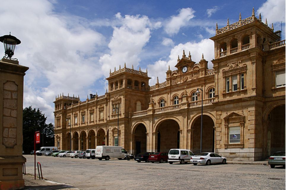 Estacion De Tren Zamora Spain Train Station Beautiful World