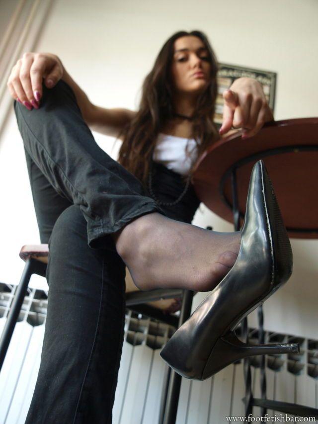 Young goddess julia mistress free sex pics