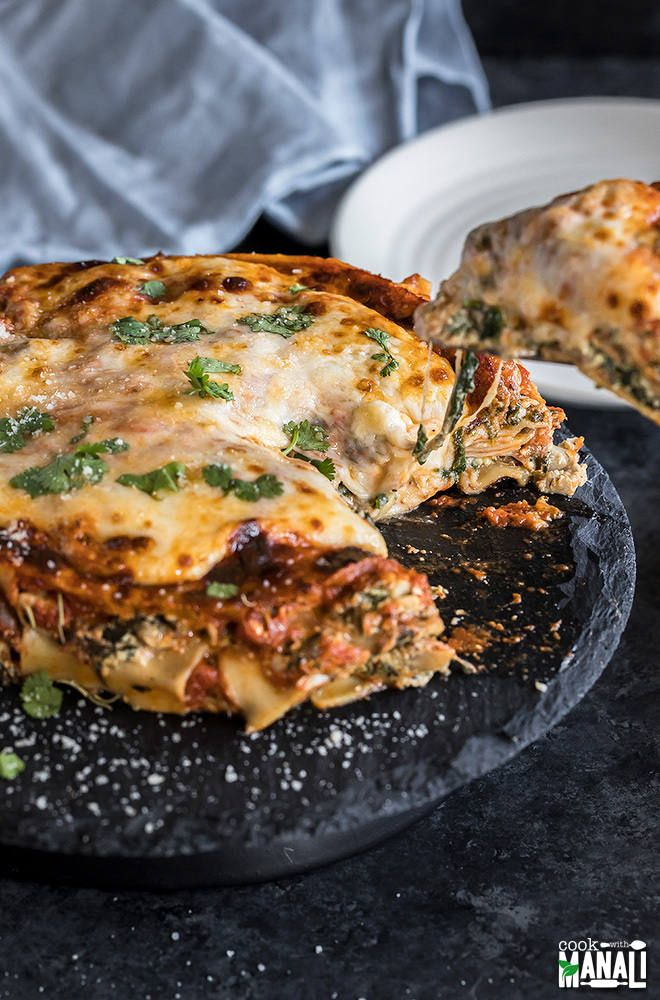 spinach and mushroom lasagna filled with spinach mushroom