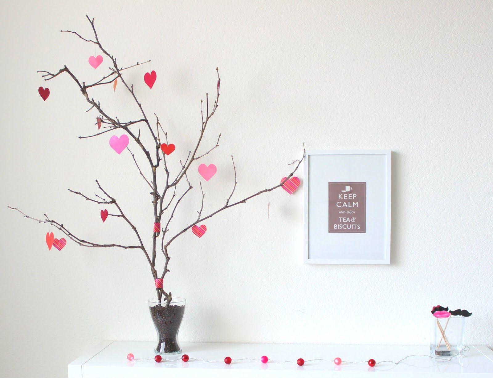 Viva la Vida: DIY Valentine's Day Tree