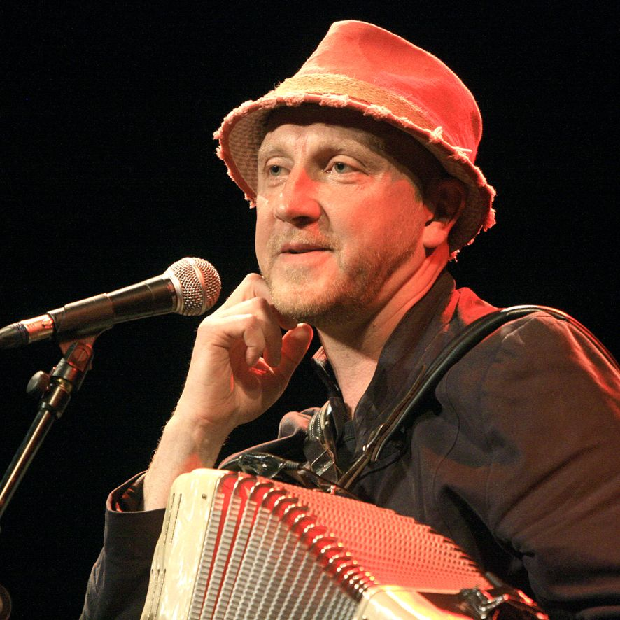 Jef Kino - Festival Chansons de Parole 2012 - Chant Libre - Barjac m'en Chante - Photo AM. Panigada