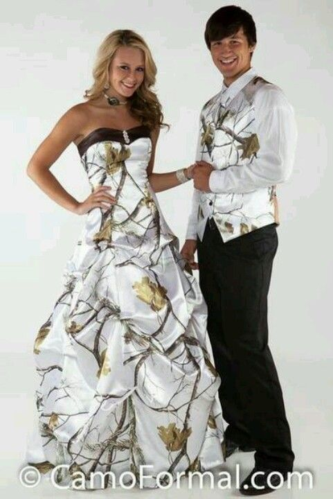 Pin By Paris Outlet On Wedding Gowns Camo Wedding Dresses Camo Prom Dresses Camouflage Wedding Dresses