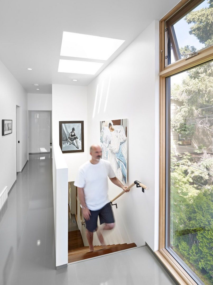 Betrügerisch klein: Schmales Haus sieht von außen klein aus, hat ...