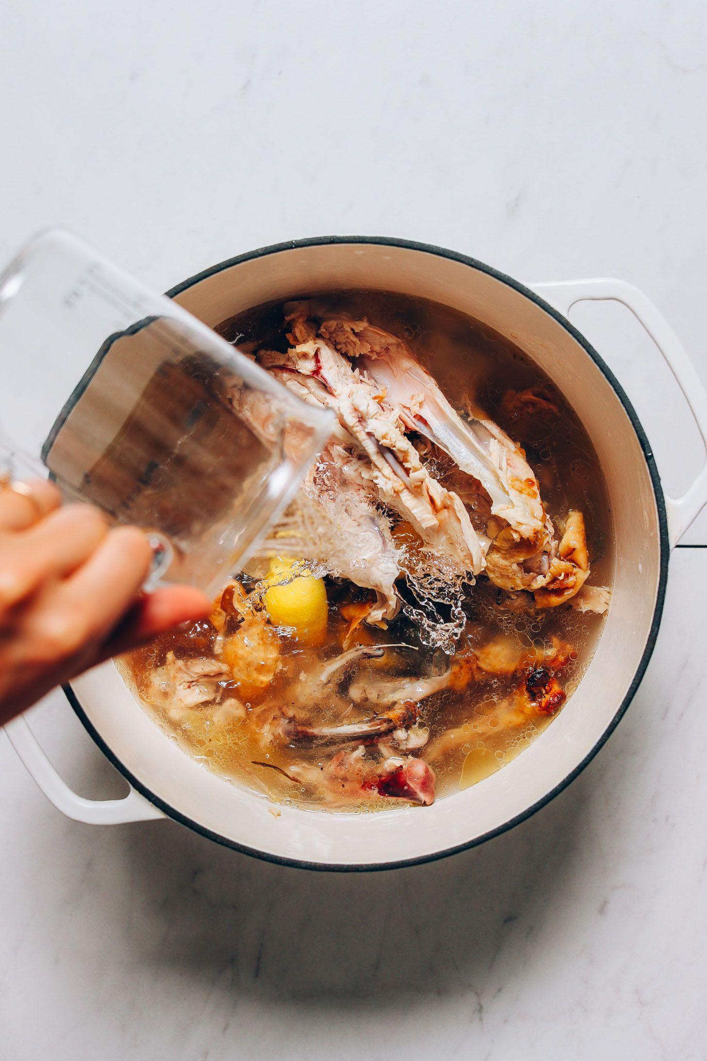 How to Make Bone Broth Recipe Bone broth, Bone soup