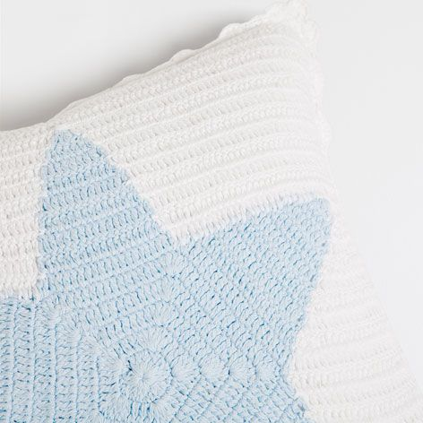 Coj n crochet estrella nueva coleccion zara home for Cojines exterior zara home