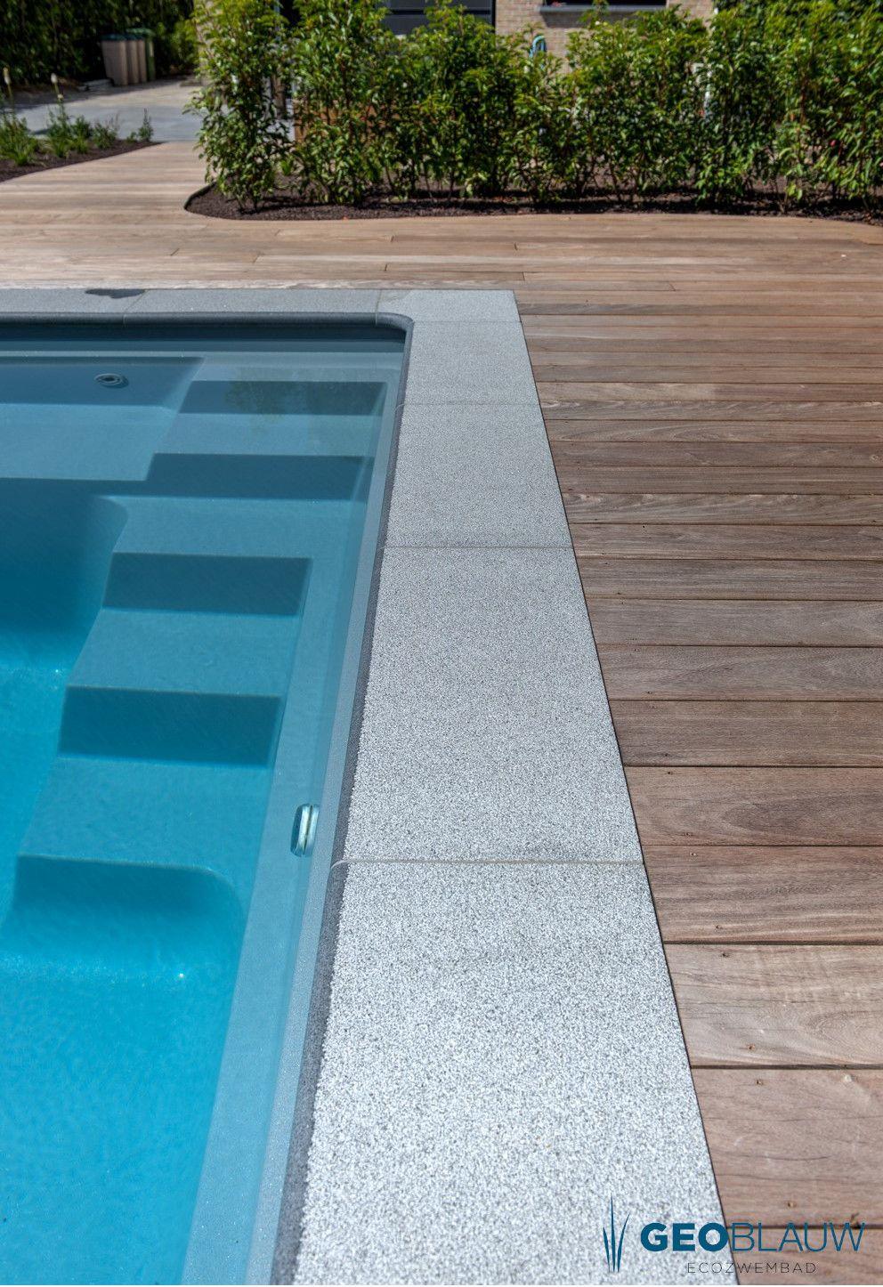 Mooi Houten Terras Bij Dit Zwembad Geoblauw Met Afbeeldingen