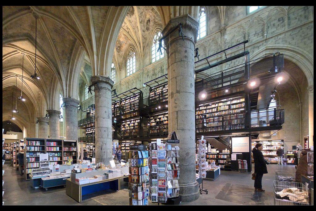 Selexyz Dominicanen Church, una biblioteca en una iglesia gótica en Maastricht (Holanda). | Matemolivares