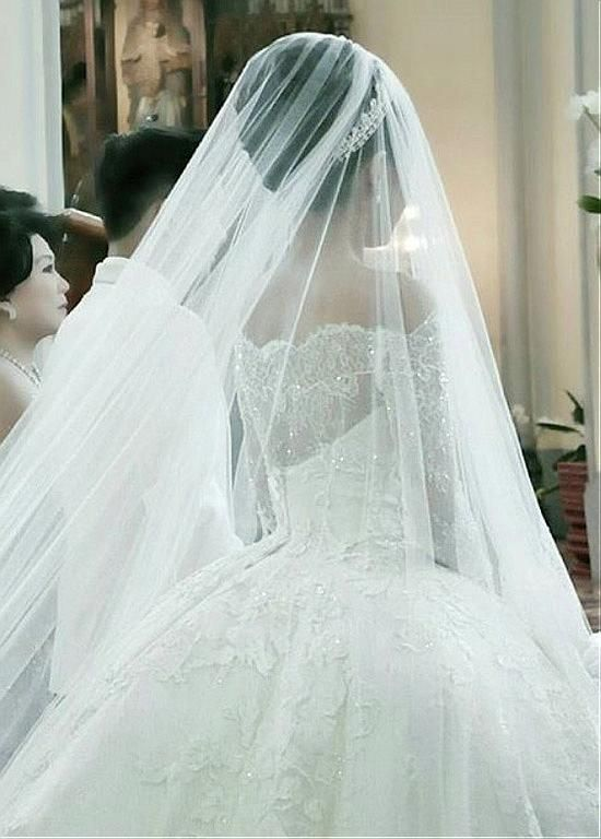 Buy Discount Fantastic Tulle Off The Shoulder Neckline Ball Gown Wedding Dresses With Beaded
