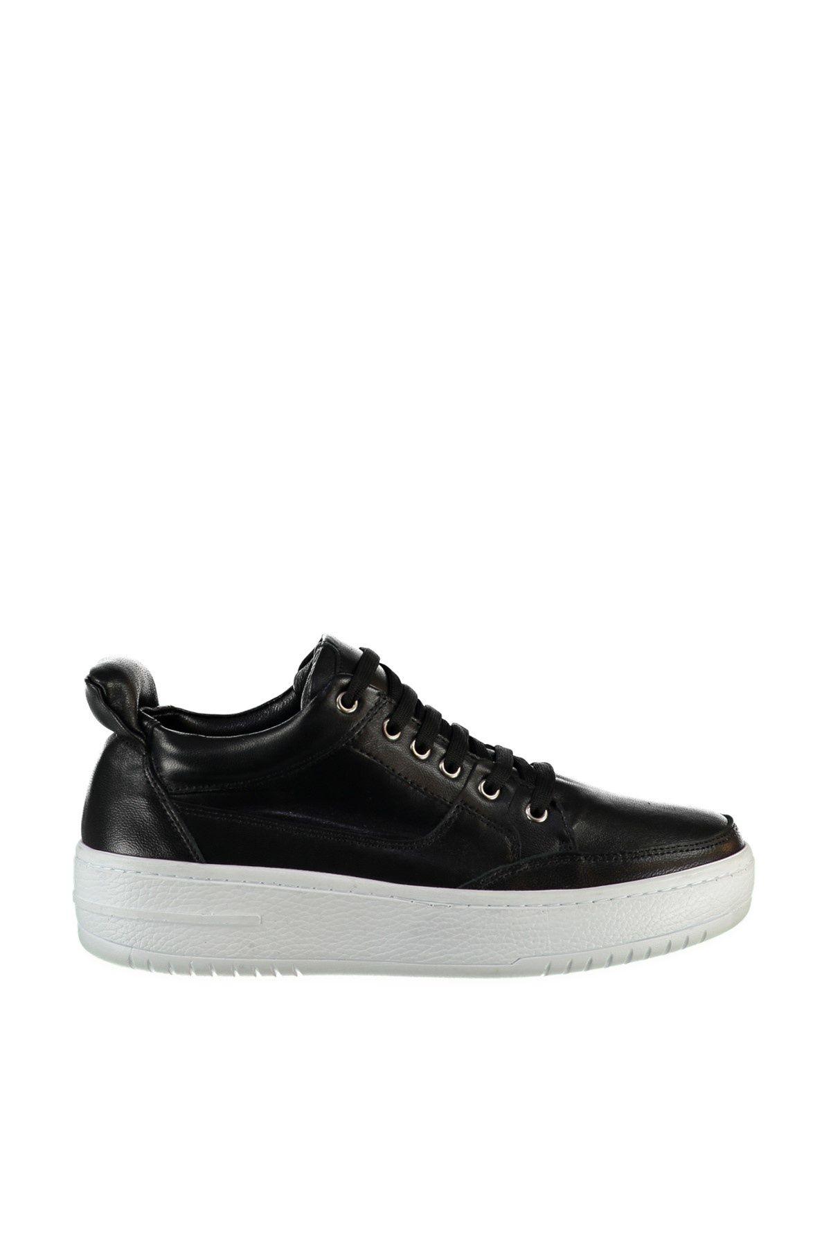 Hakiki Deri Siyah Bagcikli Kadin Sneaker Trendyolmilla Trendyol Sneaker Siyah Ayakkabilar