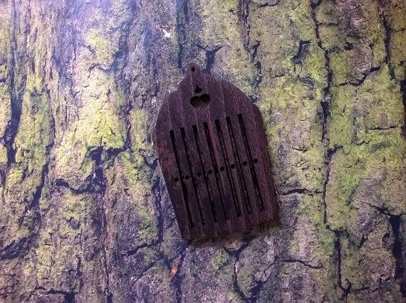 99. Small heddle tape loom