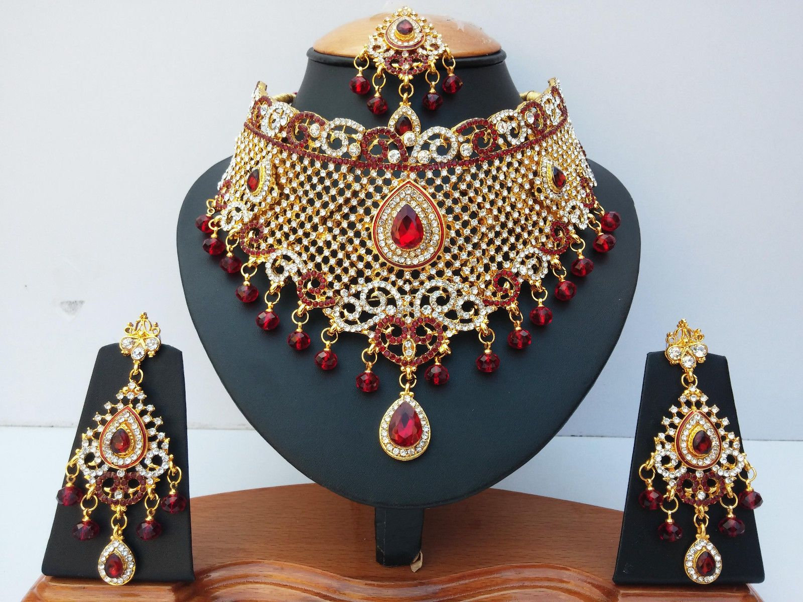 Red various style gold plated kundan zerconic bollywood jewlery set