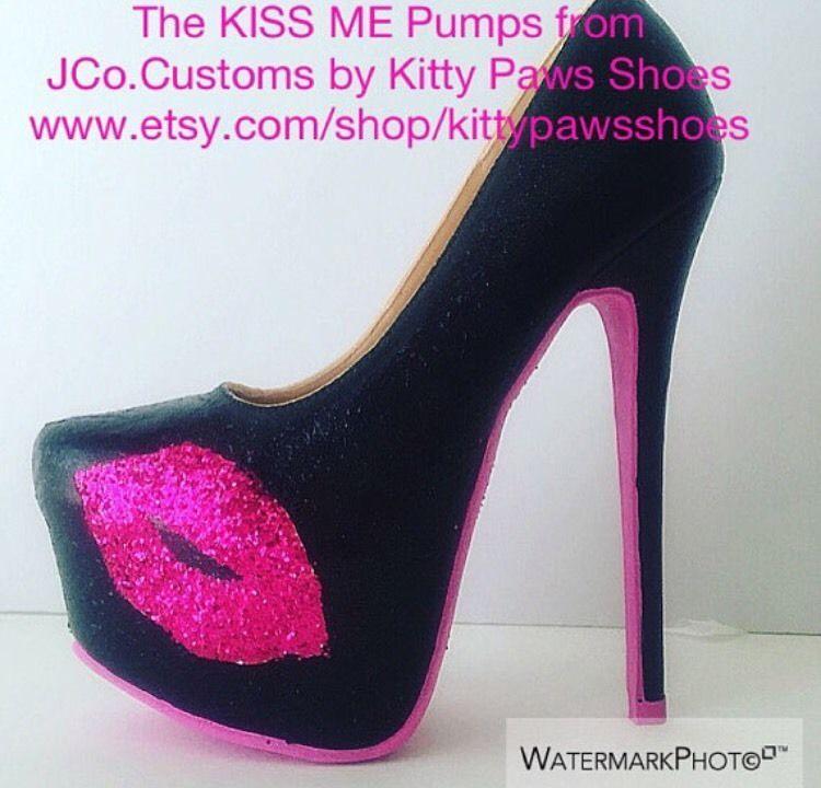 ... 509e5 deb30 The KISS ME Fuchsia Hot Pink Glitter Lips Pumps JCo.Customs  by Kitty  4f724 9d1bd Black ... 7b149817a1