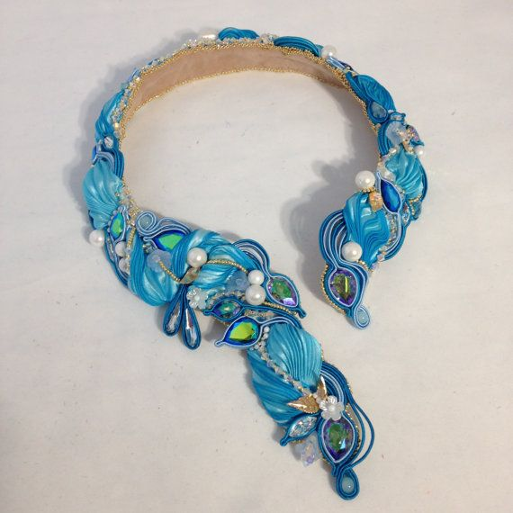 Photo of Celebration set : necklace, earrings