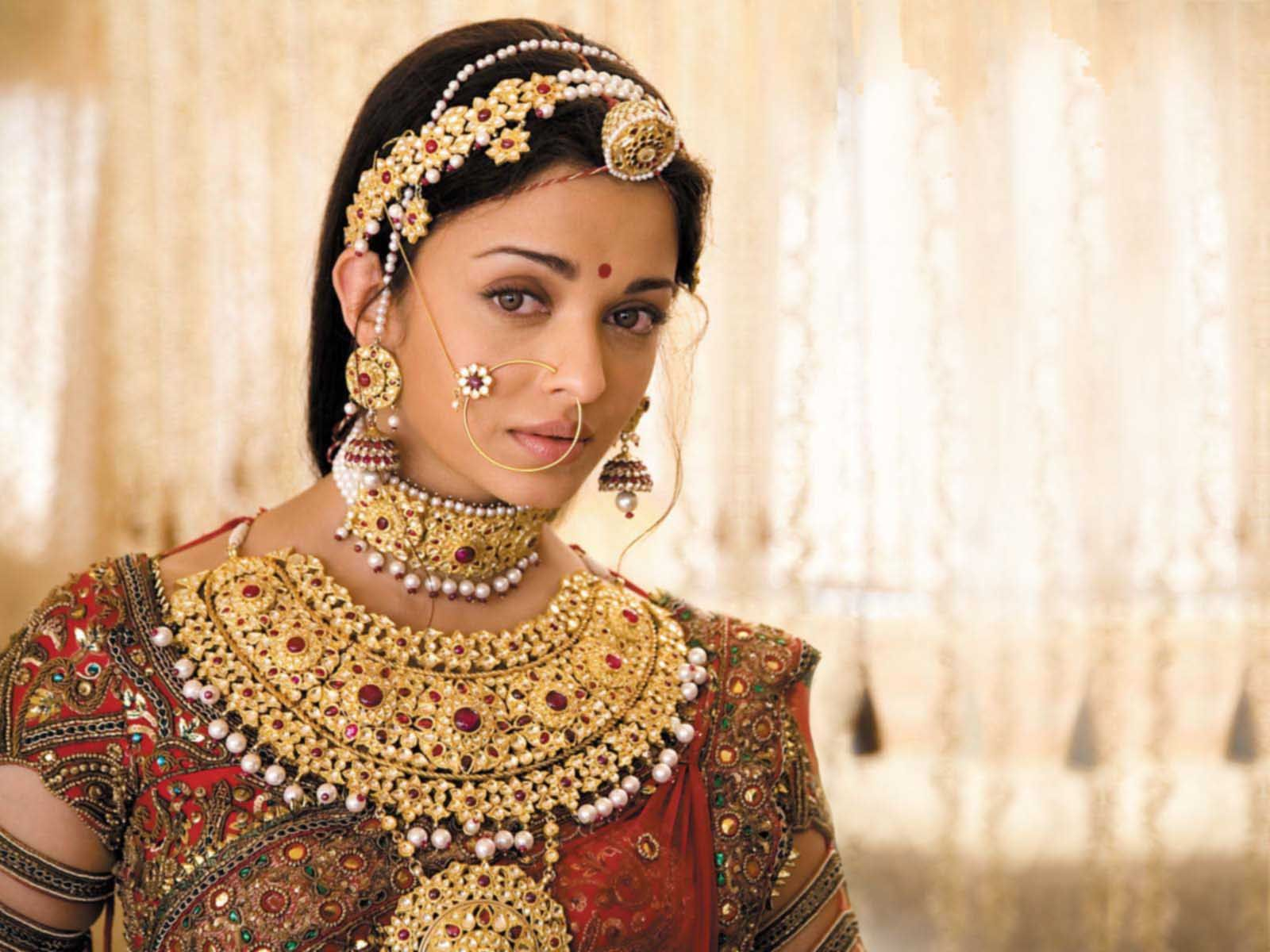 jewellery for indian brides the rajasthani style aishwarya rai