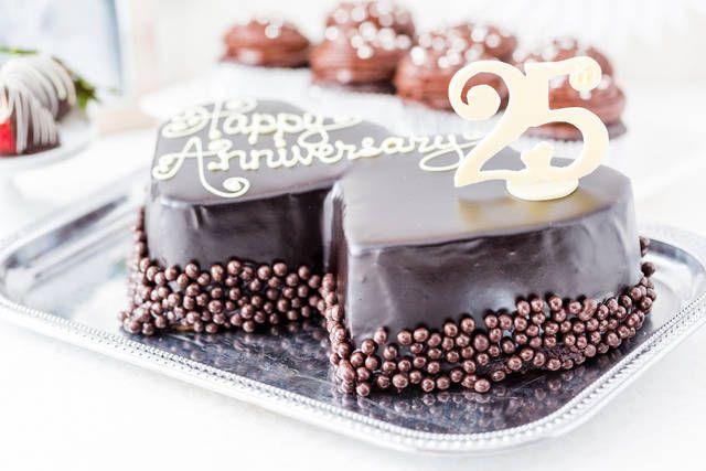 Torta Per I 25 Anni Di Matrimonio Foto Torte Per L Anniversario Torte Per Anniversario Di Matrimonio Torte