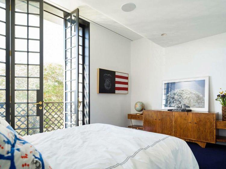 Farbe Gold Als Akzent Für Die Moderne Einrichtung Eines Reihenhauses   Moderne  Farben Wohnzimmer