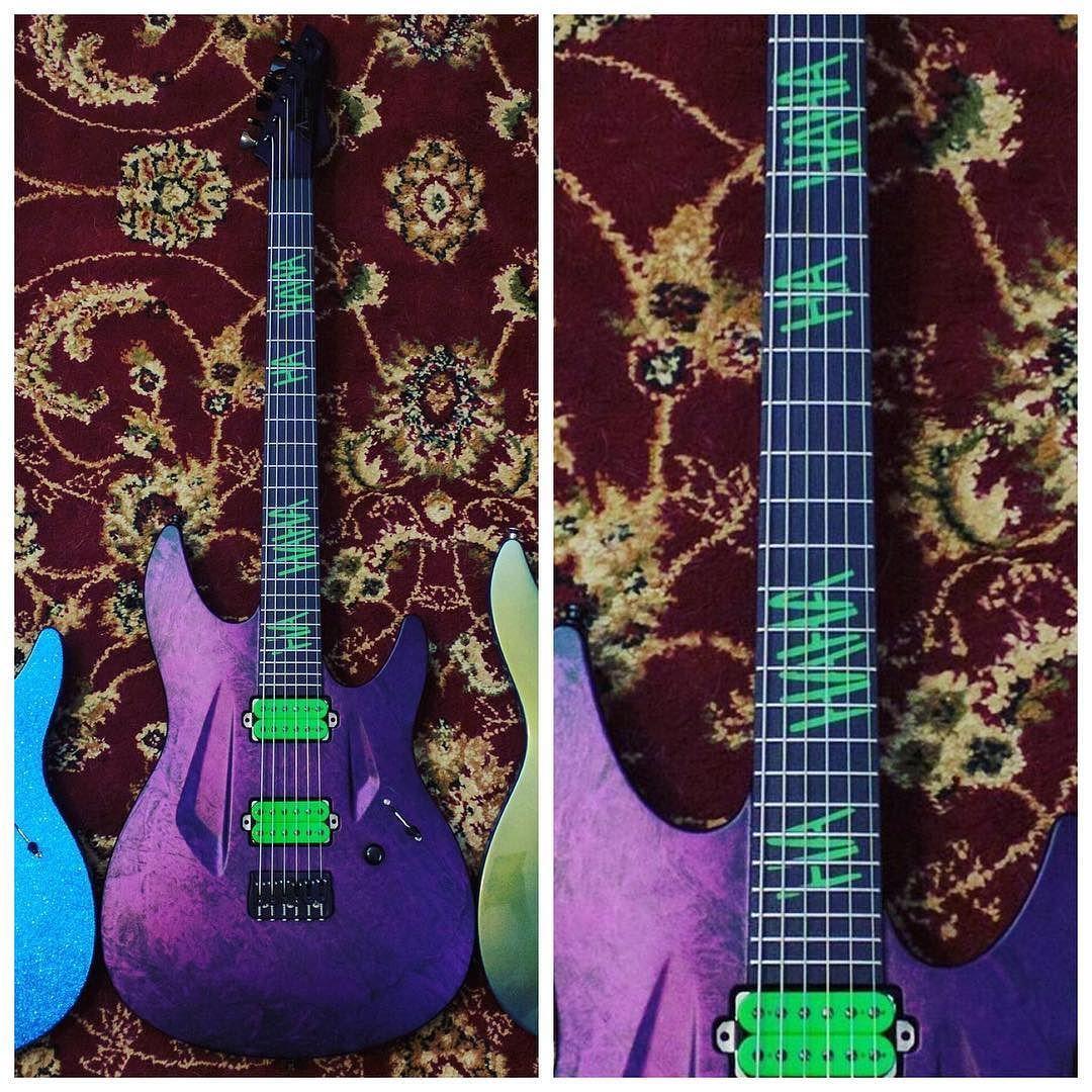 Joker Guitar Some Shared This On Reddit It Looks Awesome Custom