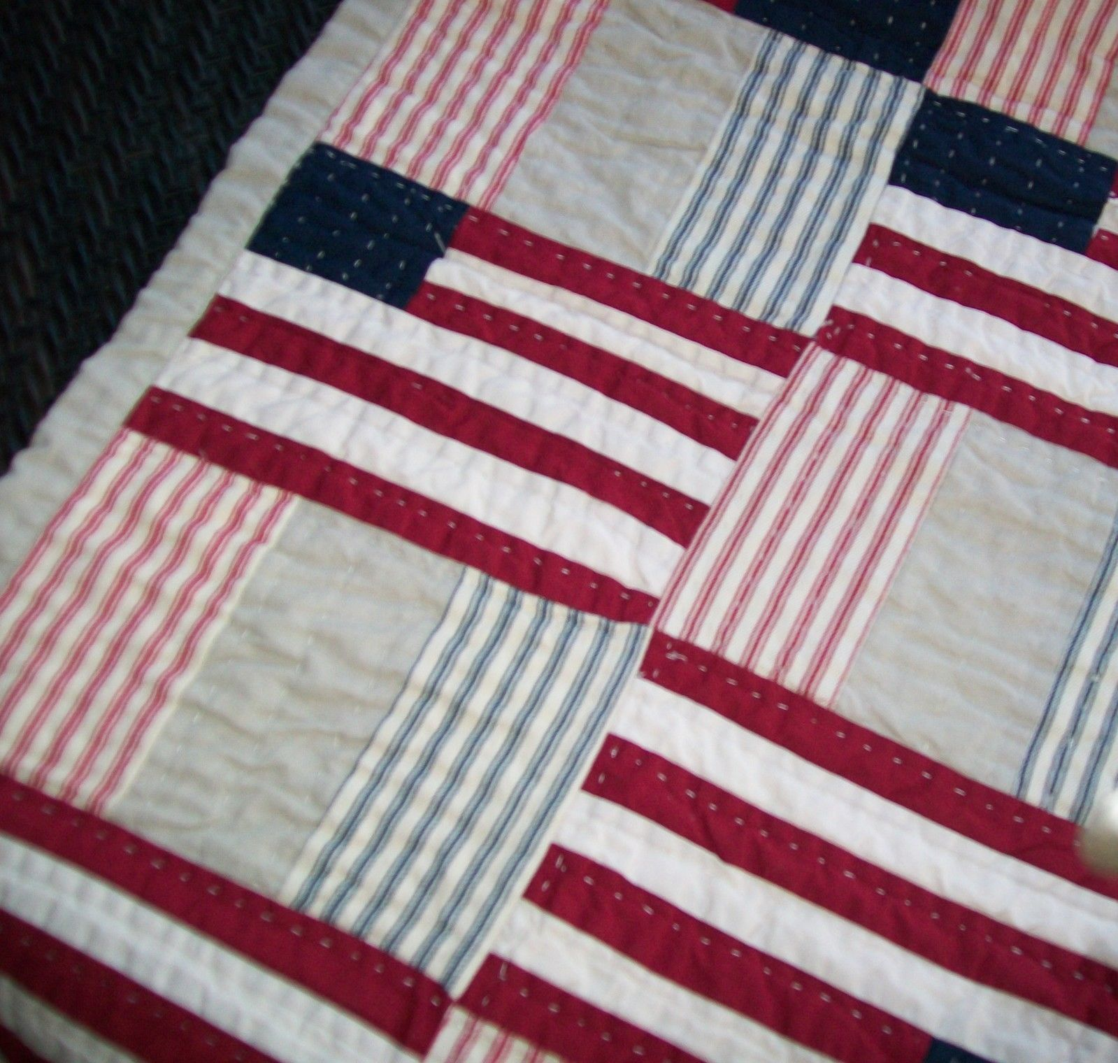 Pottery Barn Americana American Flag Quilted Table Runner 18.5 x 96 Euc - Table Runners