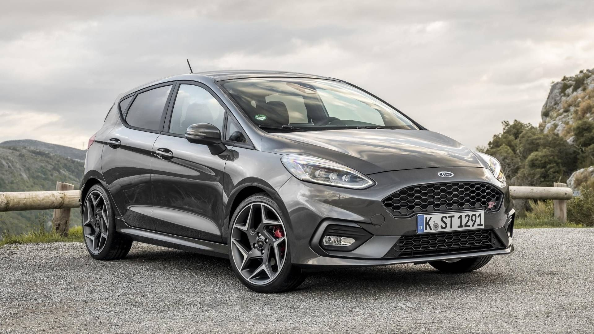 Photos Of 2020 Ford Fiesta Rs Concept Ford Fiesta St Fiesta St Ford Fiesta