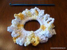 Easy Crochet Scrunchie #crochetscrunchies