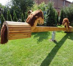 Pferde Wippe Versandkostenfrei Hintergarten Hinterhof Spielplatz Holzpferd Garten