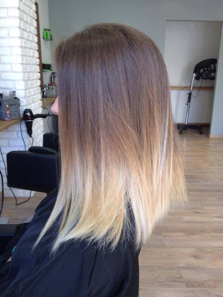 Epingle Par Lia Mouchi Sur Hair Test En 2020 Carre Plongeant Cheveux Coiffure Cheveux Long Cheveux