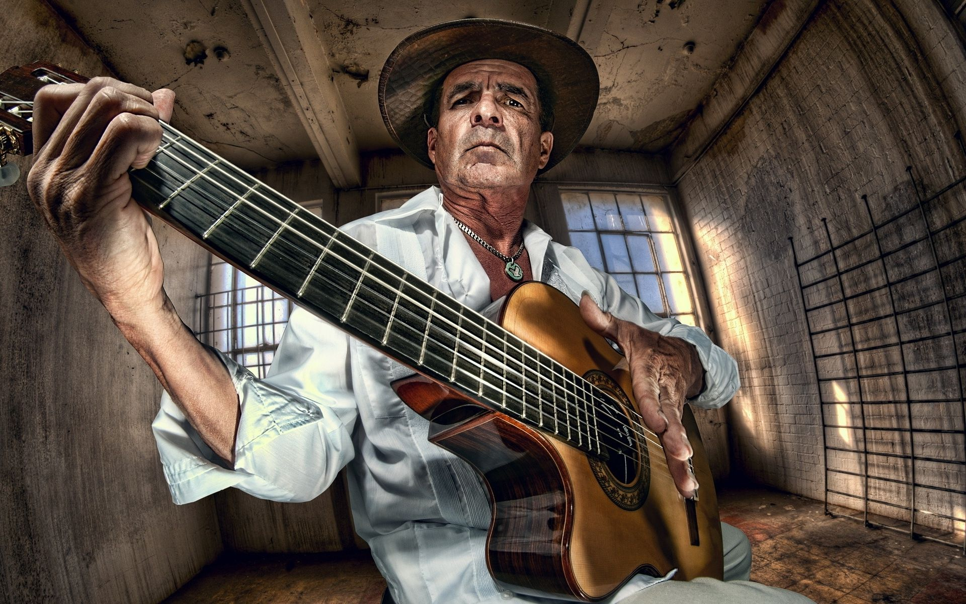 Old Man Guitar : pictures of old men with guitar old man playing the guitar wallpaper 20945 the players ~ Hamham.info Haus und Dekorationen