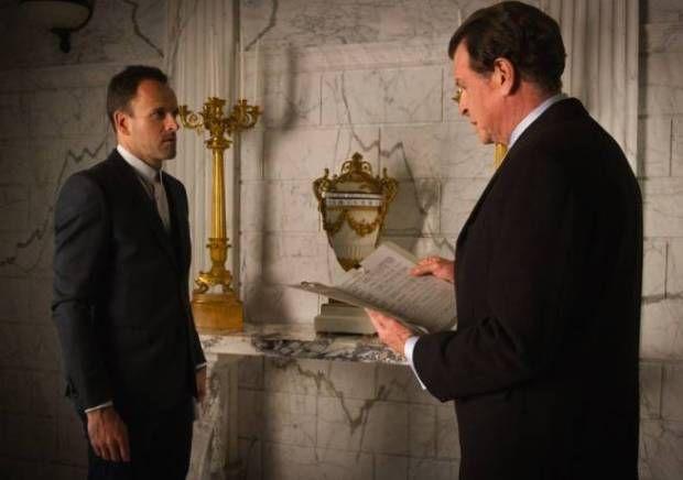 Elementary: Sherlock descobre segredo de seu pai - http://popseries.com.br/2016/02/25/elementary-4-temporada-who-is-that-masked-man/