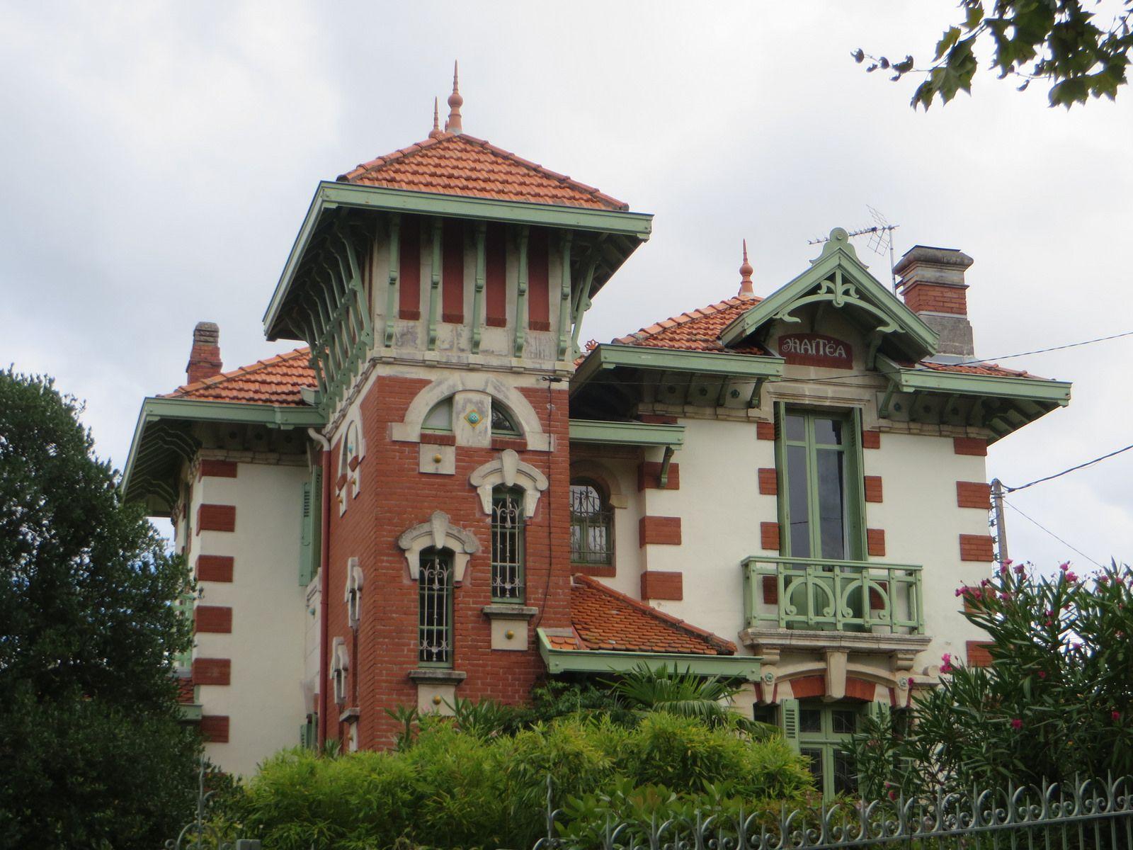 Villa art nouveau ville d 39 hiver arcachon gironde for Maison de maitre bordeaux