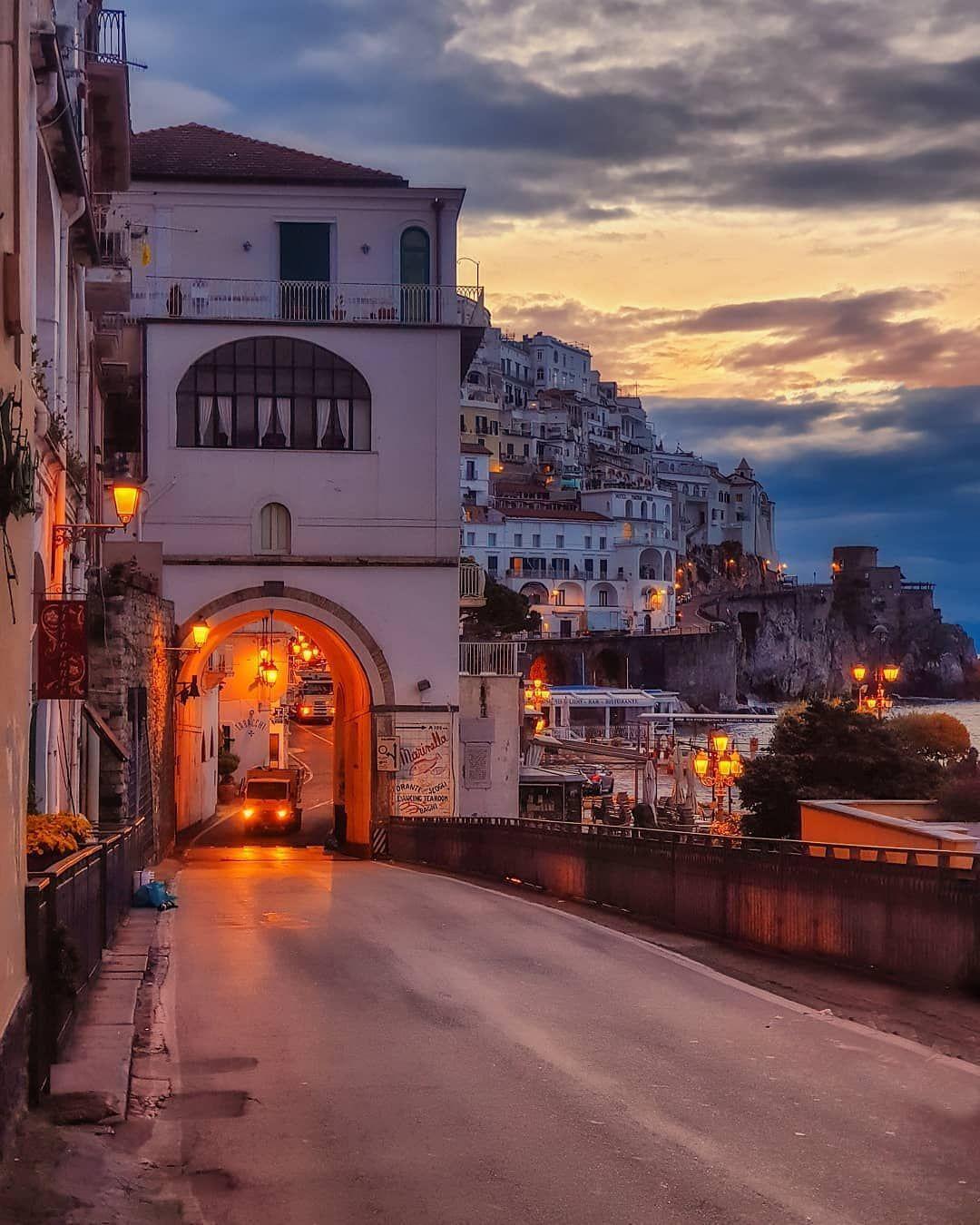 #amalfi #italia #instadaily #instalike #instagood #photooftheday #photography #tbt #trip #travel #amalfi #italia #instadaily #instalike #instagood #photooftheday #photography #tbt #trip #travel #pic #vacation #feliz #amor #love #happy #follow #followme #selfie #cute #gratidão #beautiful #instamood #yolo #smile #picoftheday #experience #life #klassboulevard #klassblvd (: @gennaro_rispoli)