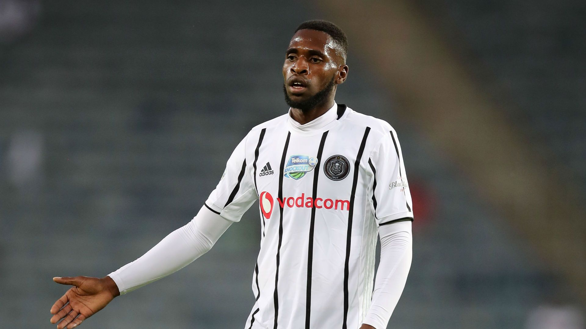 Orlando Pirates Need To Learn To Defend From The Front Makaringe In 2020 Defender Epic Fails Funny Man Of The Match