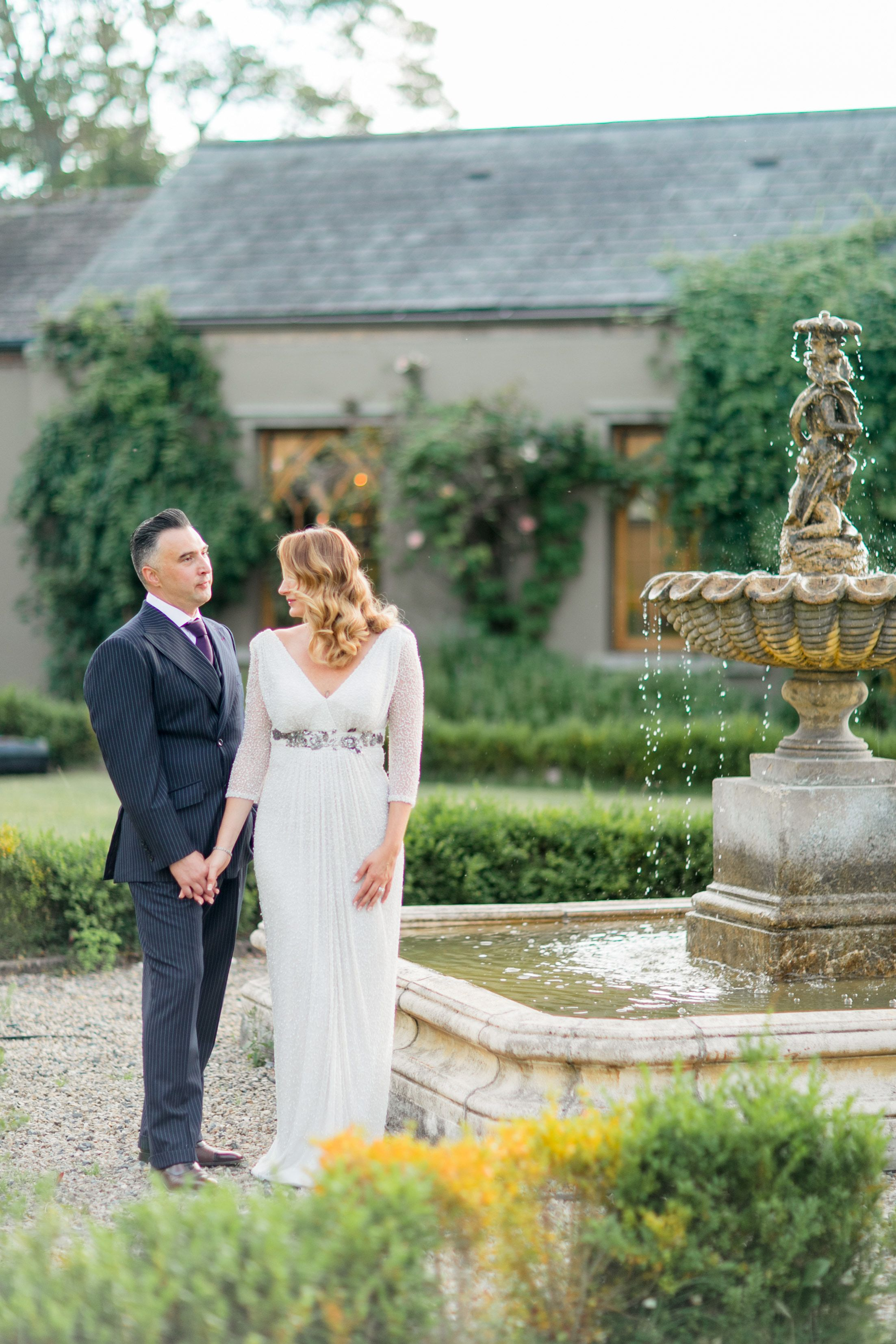 A Destination Wedding In Europe Doesn T Have To Cost A Fortune Our Carefully Designed Wedding Packages Take T Wedding Abroad Destination Wedding Gifts Wedding