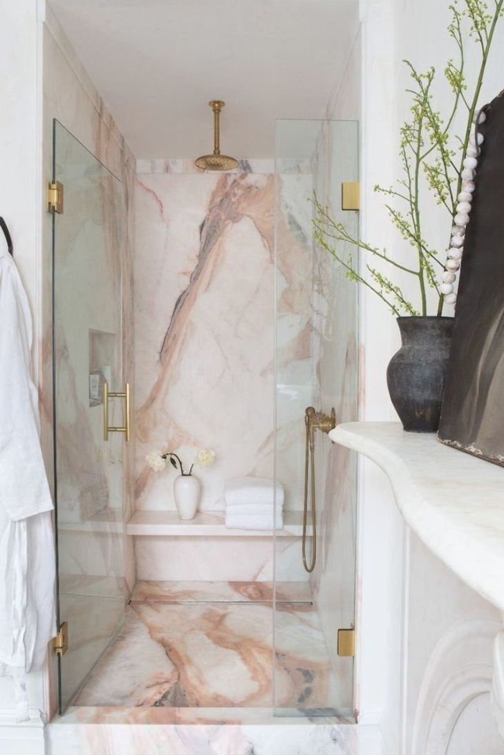 Marble is the perfect material to give a touch of luxury and glamour to any interior design project ! See more at   #marble #furniture #marbledesign #furnitureideas #luxury #homedecor #interiordesign