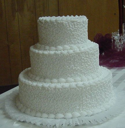 lace icing for wedding cakes lace pattern wedding cake buttercream frosting will add 16685